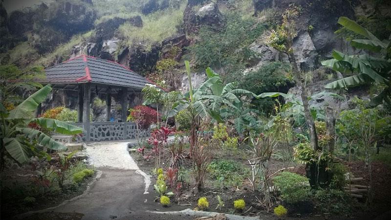 Hutan-Desa-Setianegara